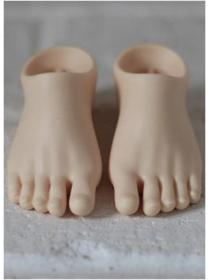 Geta feet for Docle girl